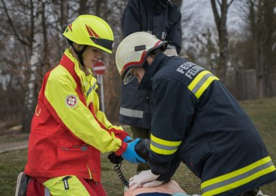 Übung-Jugend-Samariterbund-Vekehrsunfall (4)