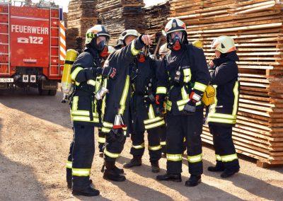 Gemeindeübung-Brand-Saegewerk-Verkehrsunfall-2016 (2)