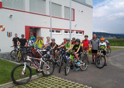Jugend-Radausflug-Feuerwehr-Ottensheim-Alkoven-(2)