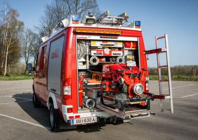 KLF-Kleinlöschfahrzeug-Allrad-Fahrzeug-Seite (5)