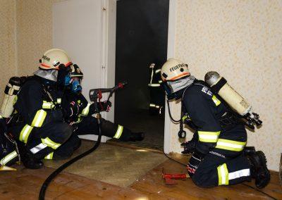 Brand-Wohnhaus-Einsatzübung (7)