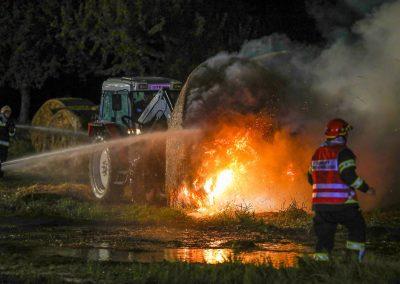 Heuballenlager-Brand-Großeinsatz (4)