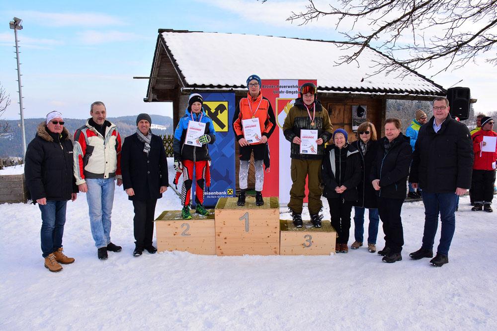 Gold bei der Jugend Skimeisterschaft