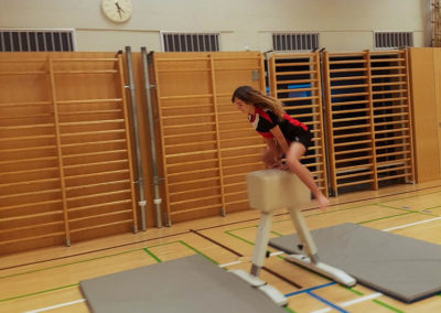 Turnsaaltrainings-Übungen-Jugend (4)