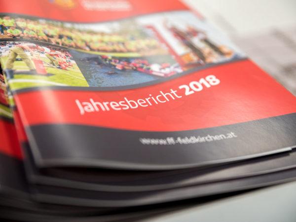 Jahresbericht-Geschichte