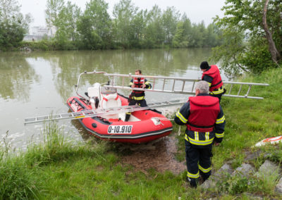 Zillenbergung-Donau-Boot-2