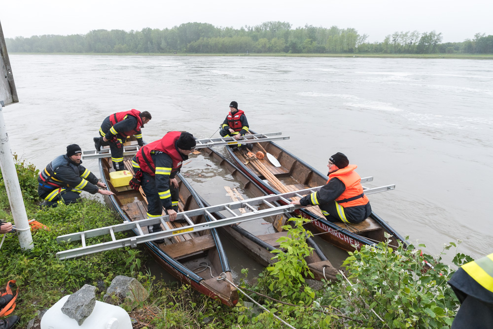 Zillenbergung-Donau-Boot-3
