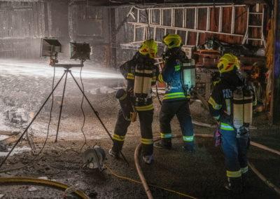 Vollbrand-Garage-Brandeinsatz (7)