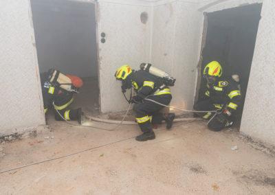 Zimmerbrand-Atemschutzwoche-Personenrettung (6)