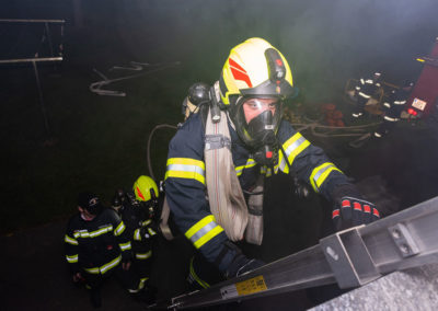 Zimmerbrand-Atemschutzwoche-Personenrettung (7)