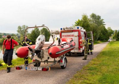 Übung-Wasserfahrzeugen-Landshaag (4)